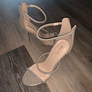 Qupid heels! 👠